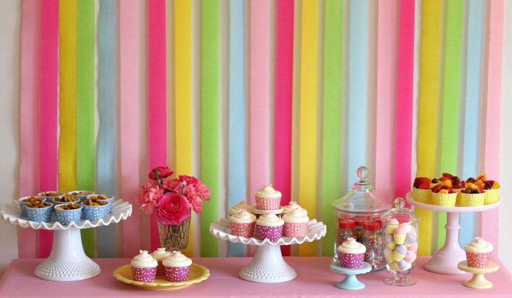 Fundo Decorado com Fitas - Fotos do Site Glorious Treats